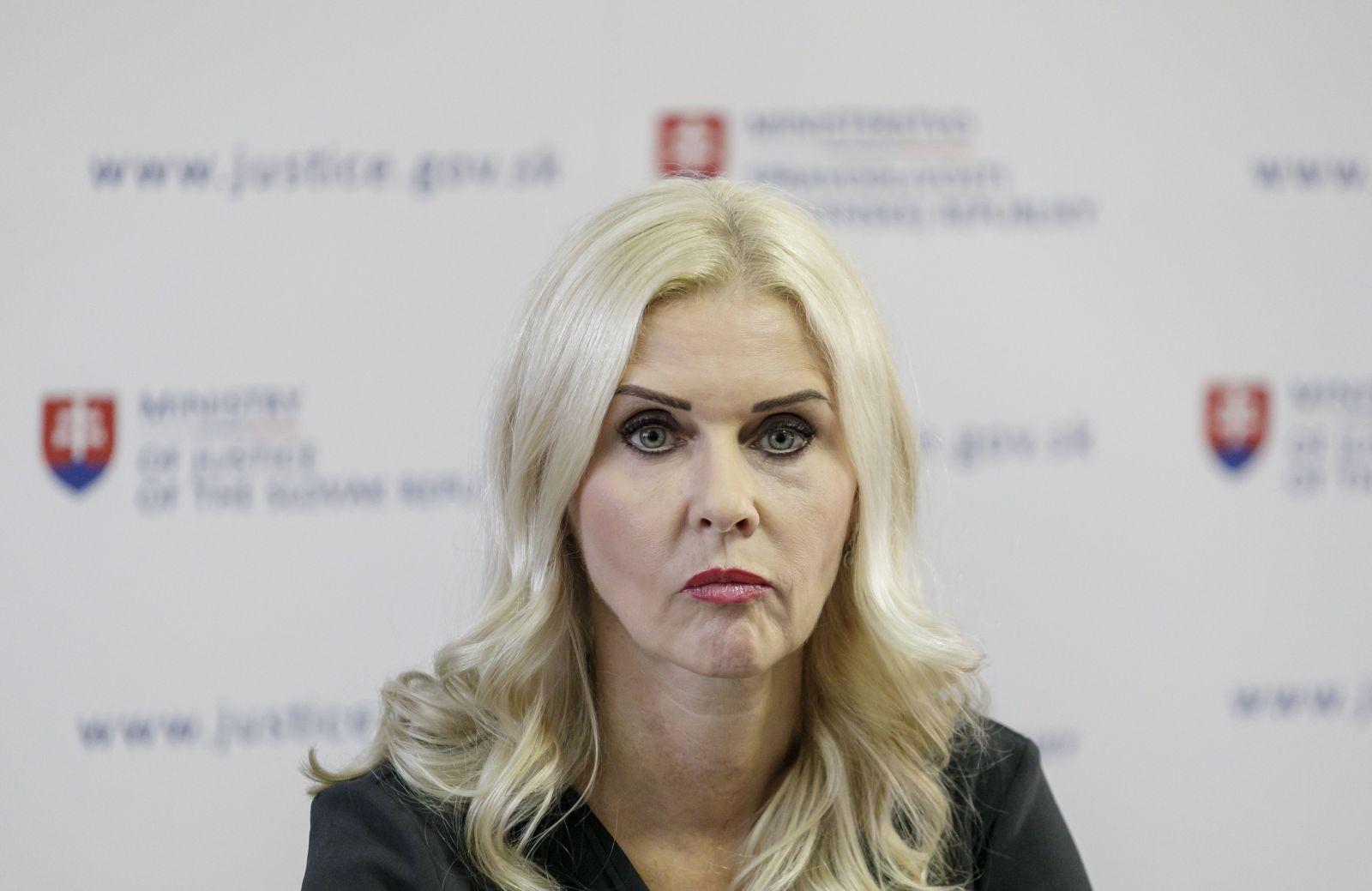 Monika Jankovská sa konečne vzdala funkcie sudkyne, urobila tak z väzby