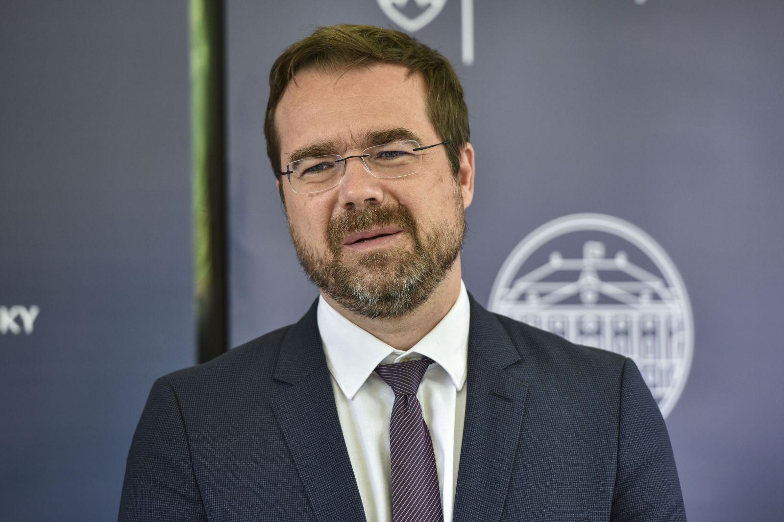 Minister zdravotníctva Krajčí skončil v karanténe