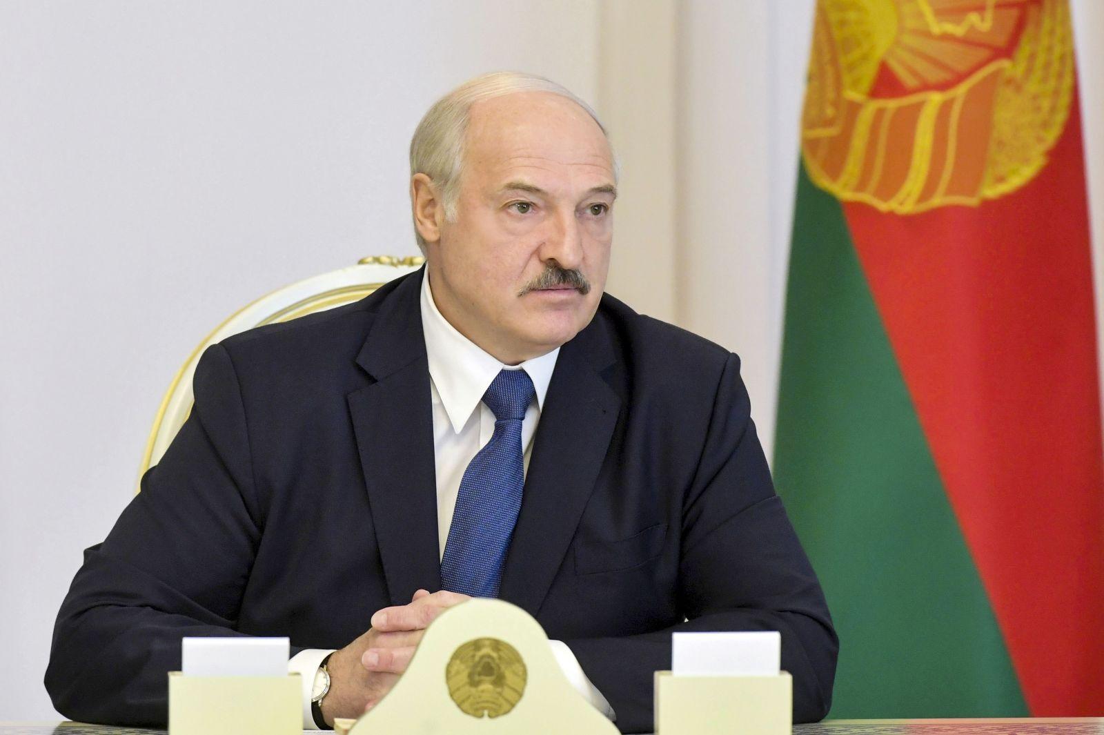 Zúfalý Lukašenko opäť volal Putinovi. Ruský prezident chce, aby sa Nemci ani Francúzi do Bieloruska nemiešali