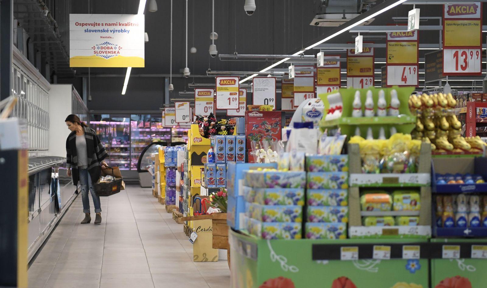 Slovensko nakúpi jedlo do štátnych rezerv, keby prišla potravinová kríza