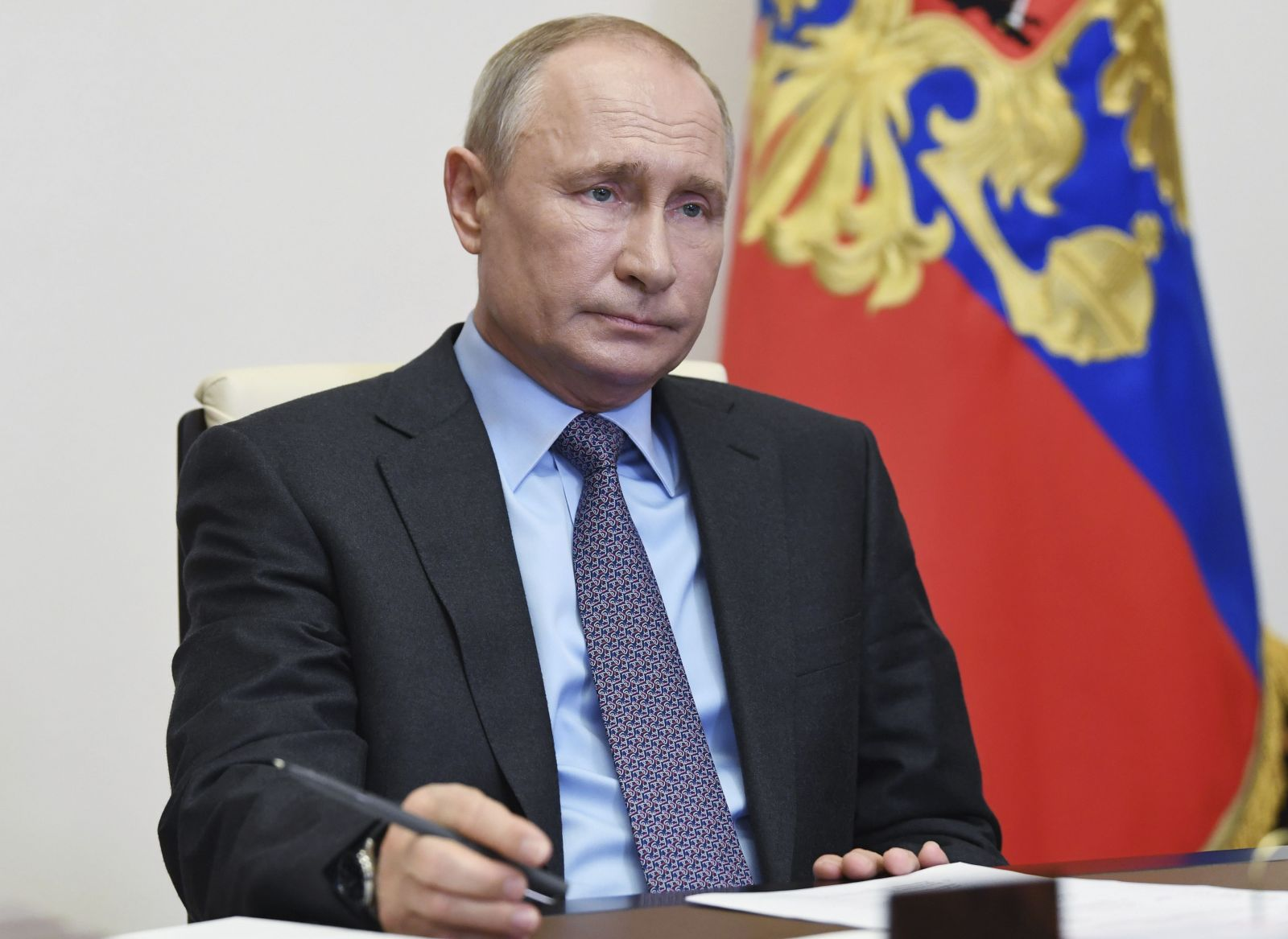 Putinova popularita spadla v čase pandémie na historické minimum. Rusi chcú otvárať napriek rekordnému počtu nových nakazených