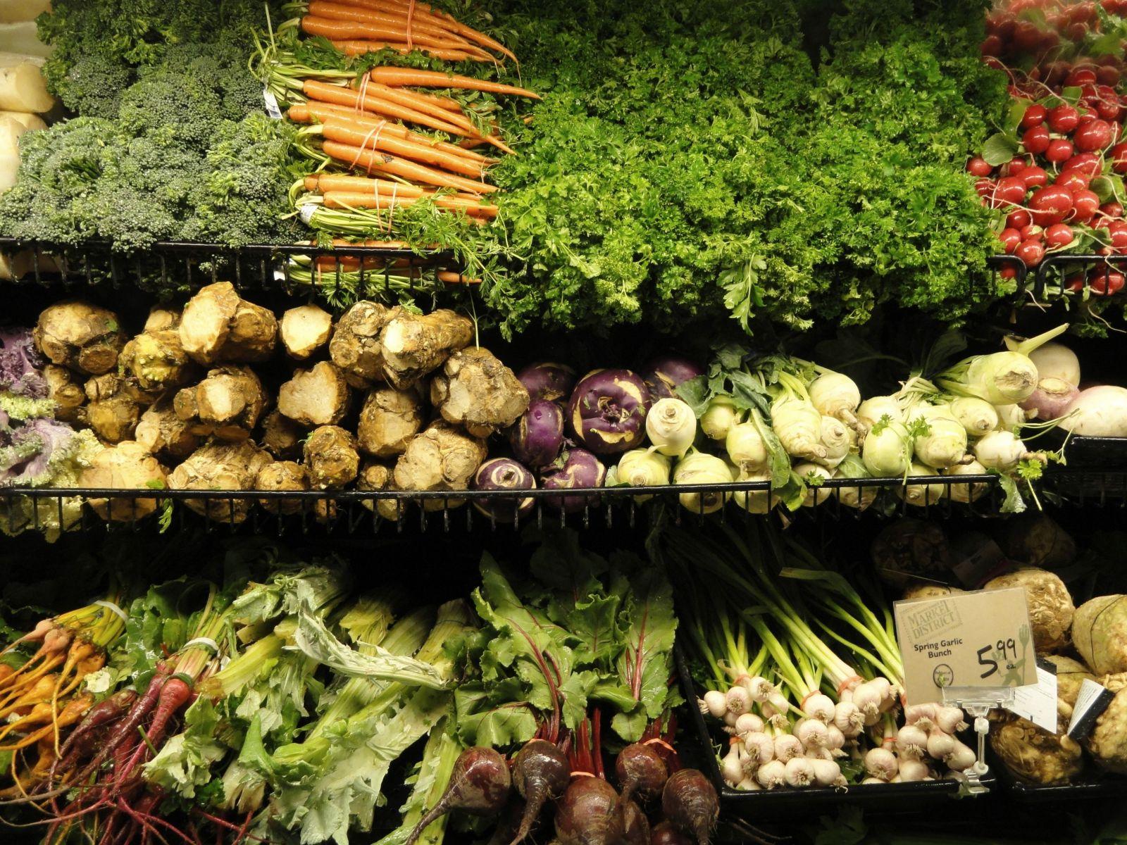 Keď supermarket prestal baliť zeleninu do plastových obalov, predaje stúpli aj o 300 %