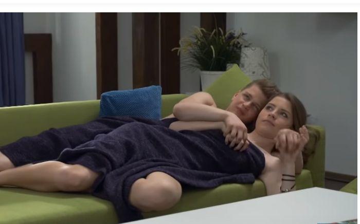 V Oteckoch si mladá dvojica Dorka a Luky vyskúšala prvé posteľné hrátky. Reakcie divákov sú rozporuplné