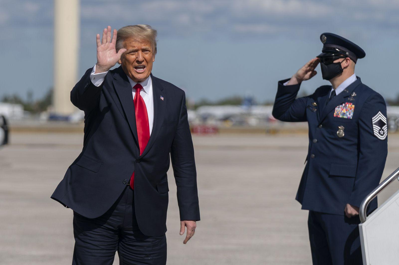 Donald Trump nie je vinný z podnecovania k vzbure, rozhodol americký Senát