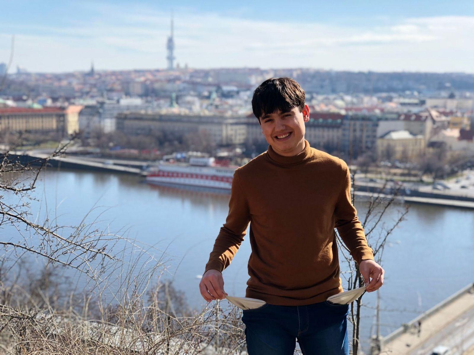 Zkusil jsem žit na minimální mzdě v Praze. Zadlužil jsem se a přežíval na instantních polévkách