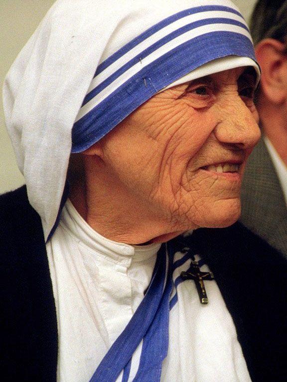 Matka Tereza byla vše, jen ne svatá