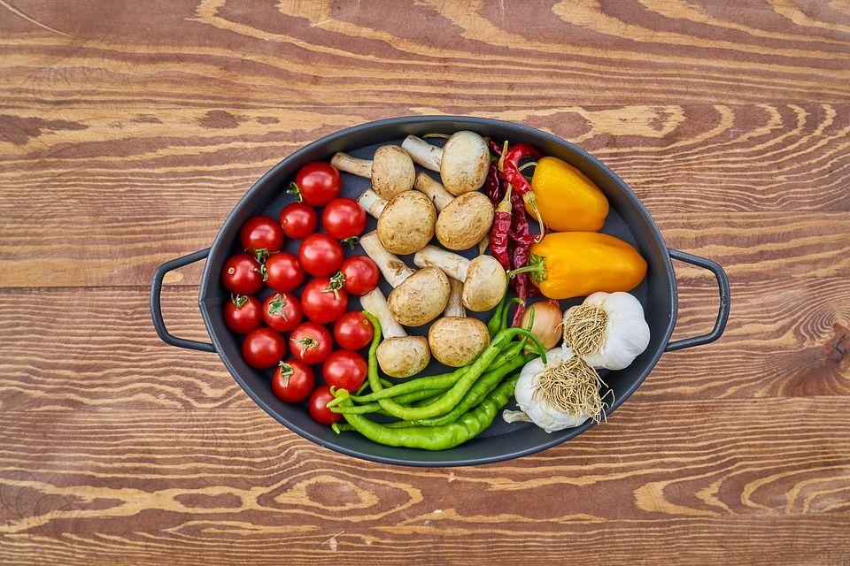 Abys zachránil planetu a své zdraví, konzumuj nanejvýš 14 gramů masa denně, tvrdí nová planetární dieta