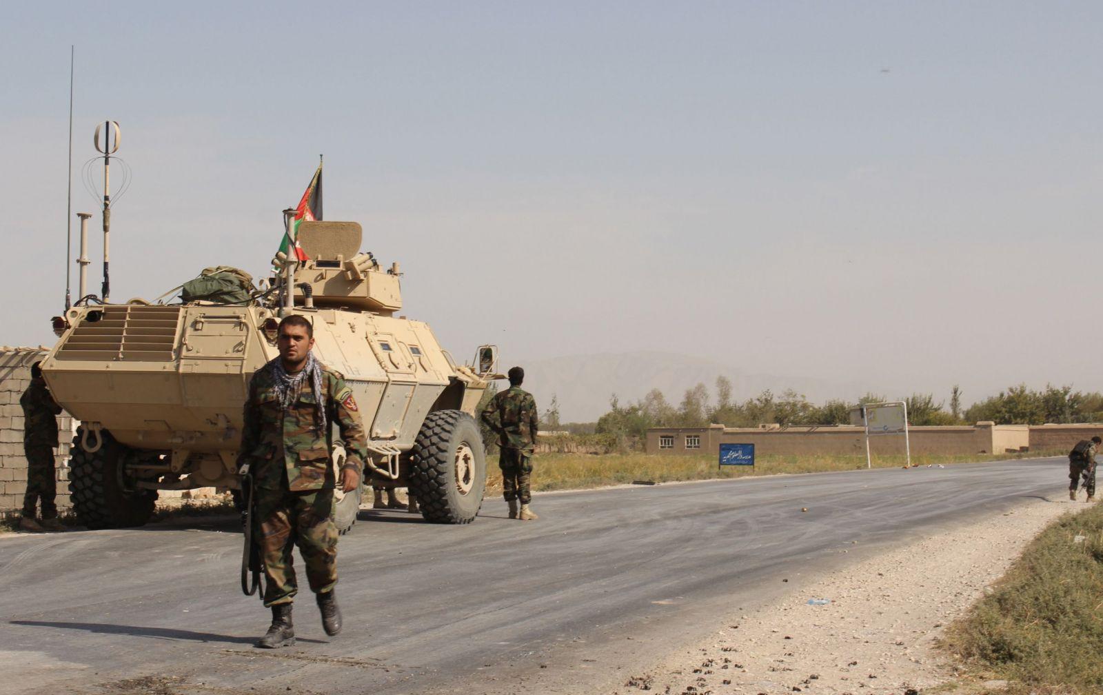 Vojenská policie zadržela české vojáky. Vyšetřuje smrt Afghánce, který loni zastřelil psovoda Tomáše Procházku