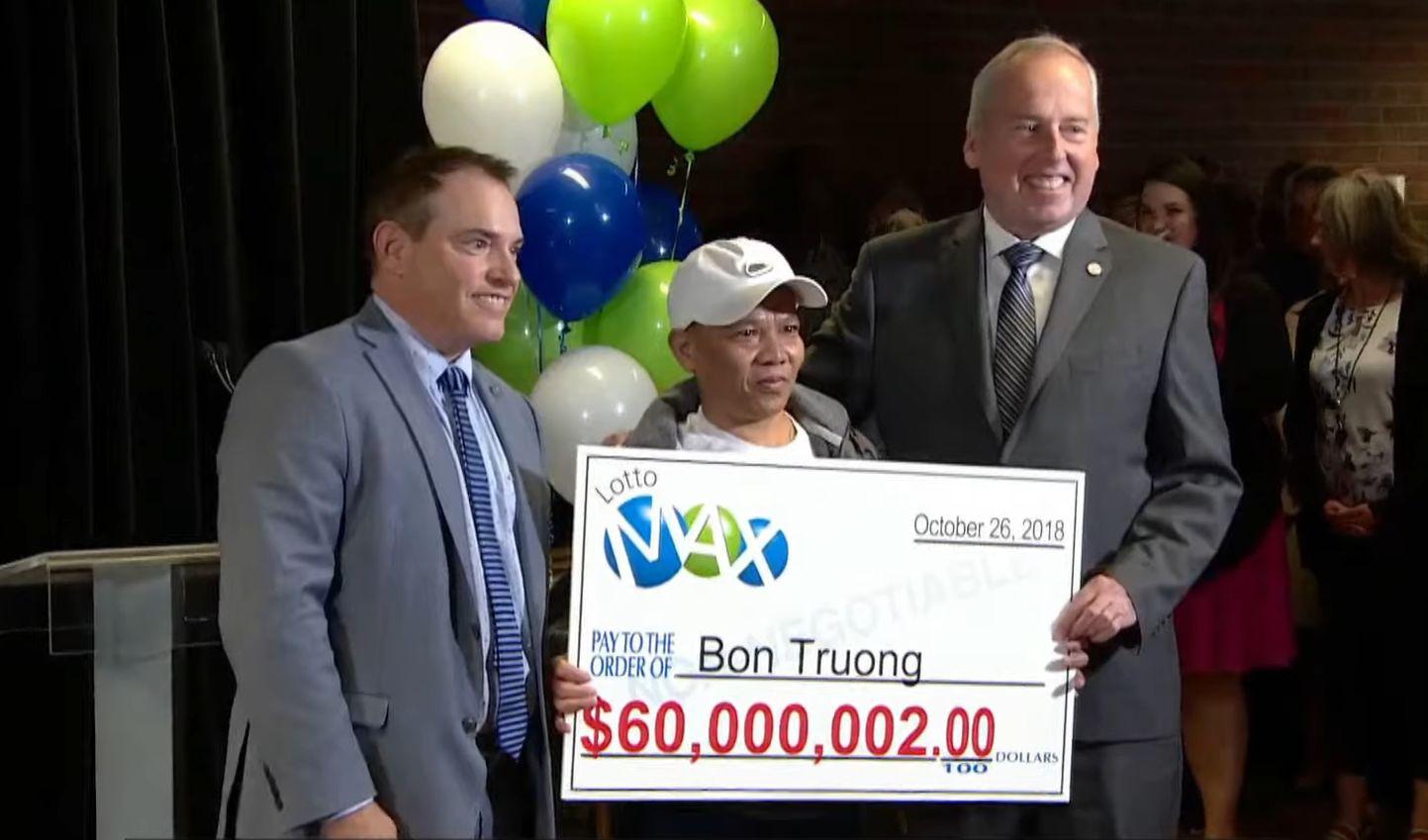 V lotérii typoval tie isté čísla 20 rokov, vytrvalosť sa mu oplatila, dnes drží v rukách 60 miliónov