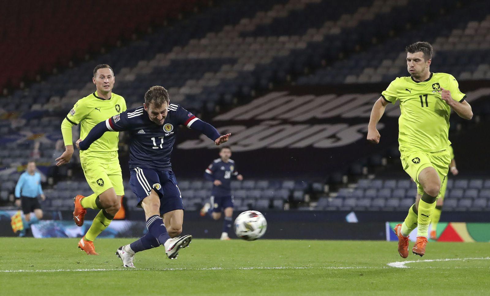 Čeští fotbalisté poklekli ve Skotsku, rozhodli se podpořit BLM a setkali se s kritikou