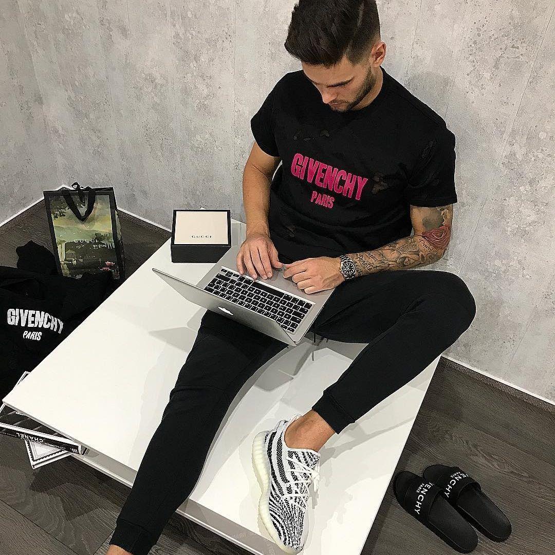 Nakupuje luxusné oblečenie pre Rytmusa či Mareka Hamšíka: Raz som kvôli limitovaným Gucci šľapkám letel až do New Yorku (Rozhovor)