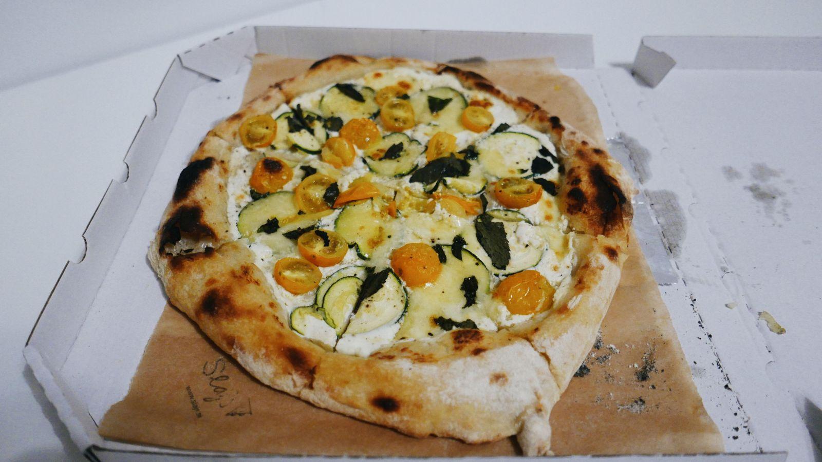 Pizza Rikota a mäta