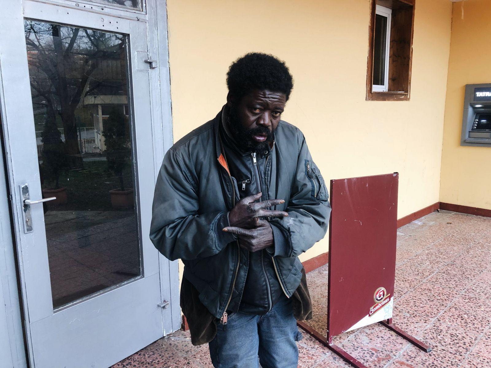 Bezdomovec z Mlynov Zombo: Študentky som nenapadol, iba muža čo mi ukradol mobil. Som nevinný (Rozhovor)
