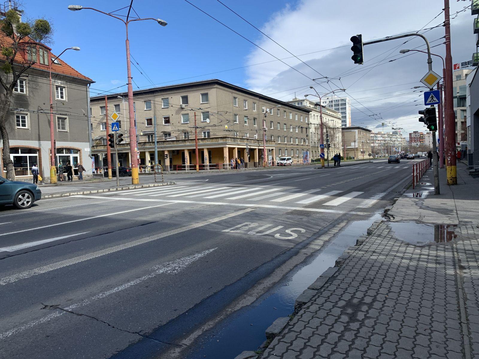 Prievozská ulica v stredu o 11:40