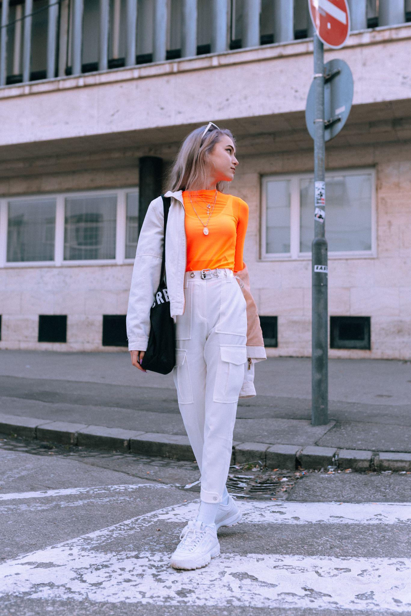 Móda z ulíc: Mladí Slováci túžia po Diorovi, ale fast fashion sa snažia obmedziť
