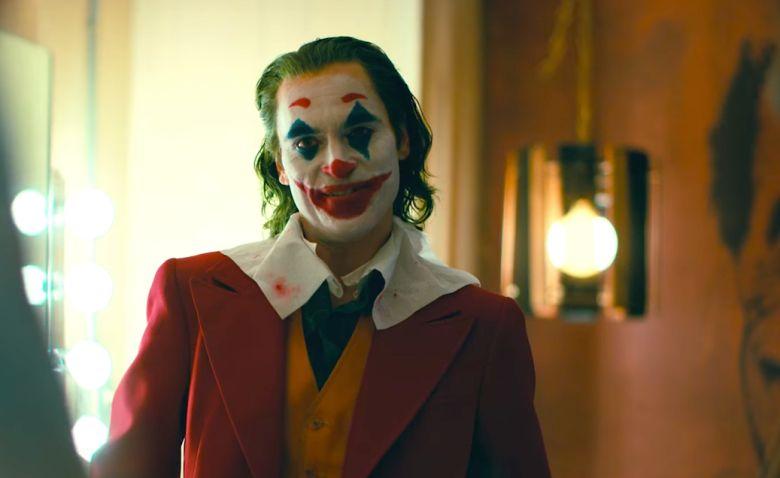 Joker sa mal na konci filmu zabiť. Je Arthur skutočným princom zločinu, alebo inšpiroval pravého Jokera?
