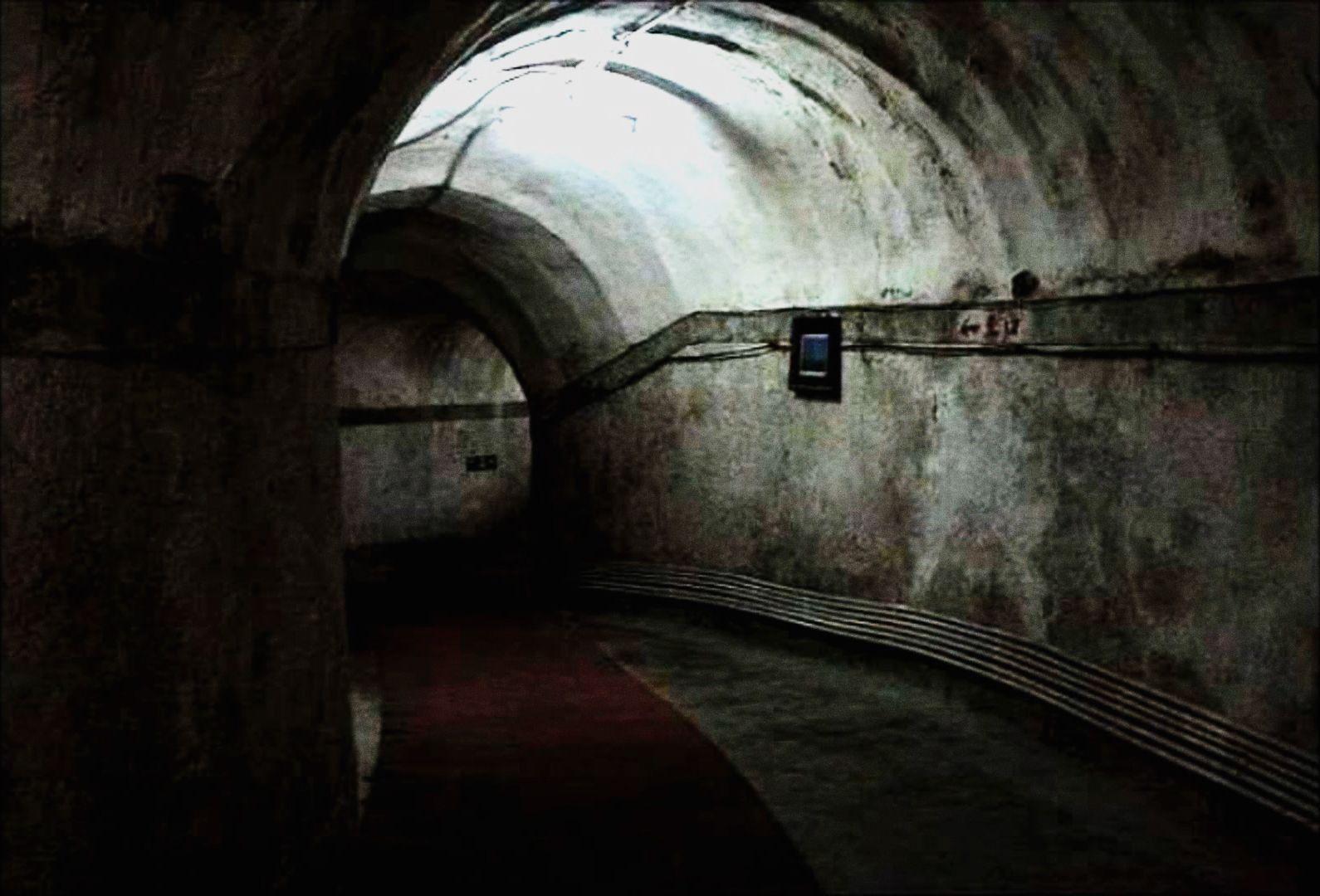 Pekinské podzemné mesto je autonómnym svetom a poskytuje útočisko státisícom ľudí. Pre väčšinu z nich je slnečný svit nevídaným luxusom