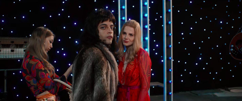 Režiséra Bohemian Rhapsody vylúčili z nominácií na hodnotné ocenenia. Sexuálne obvinenia ho potápajú ku dnu