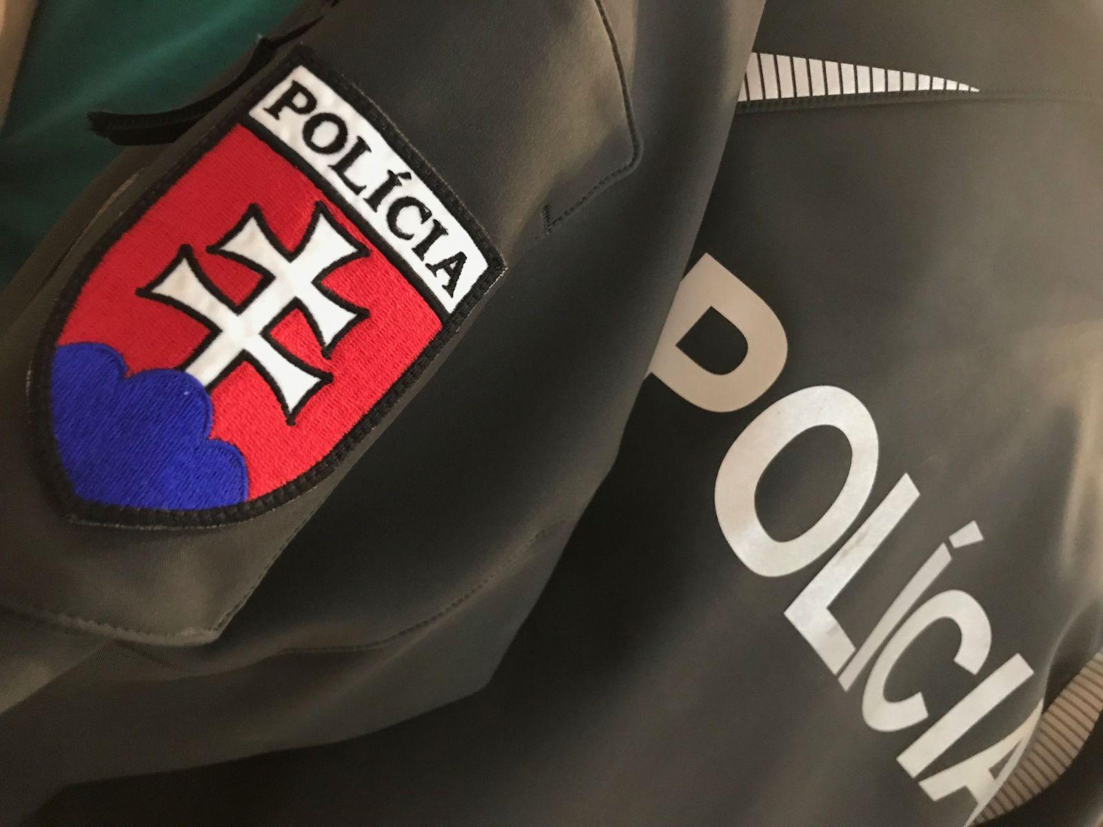Policajt Michal: Prepojenie na politiku je bežné a šikana od vedúcich dohnala kamarátku na psychiatriu (Rozhovor)