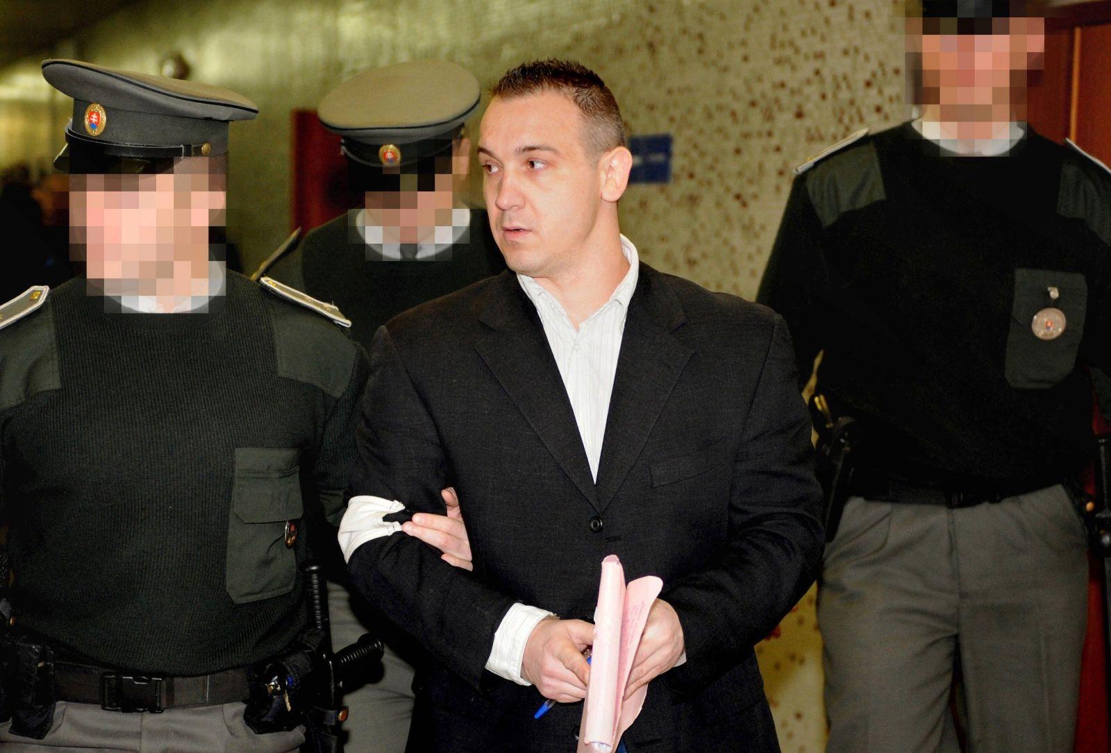 Róbert Okoličány na Okresnom súde Košice II (24. november 2009)