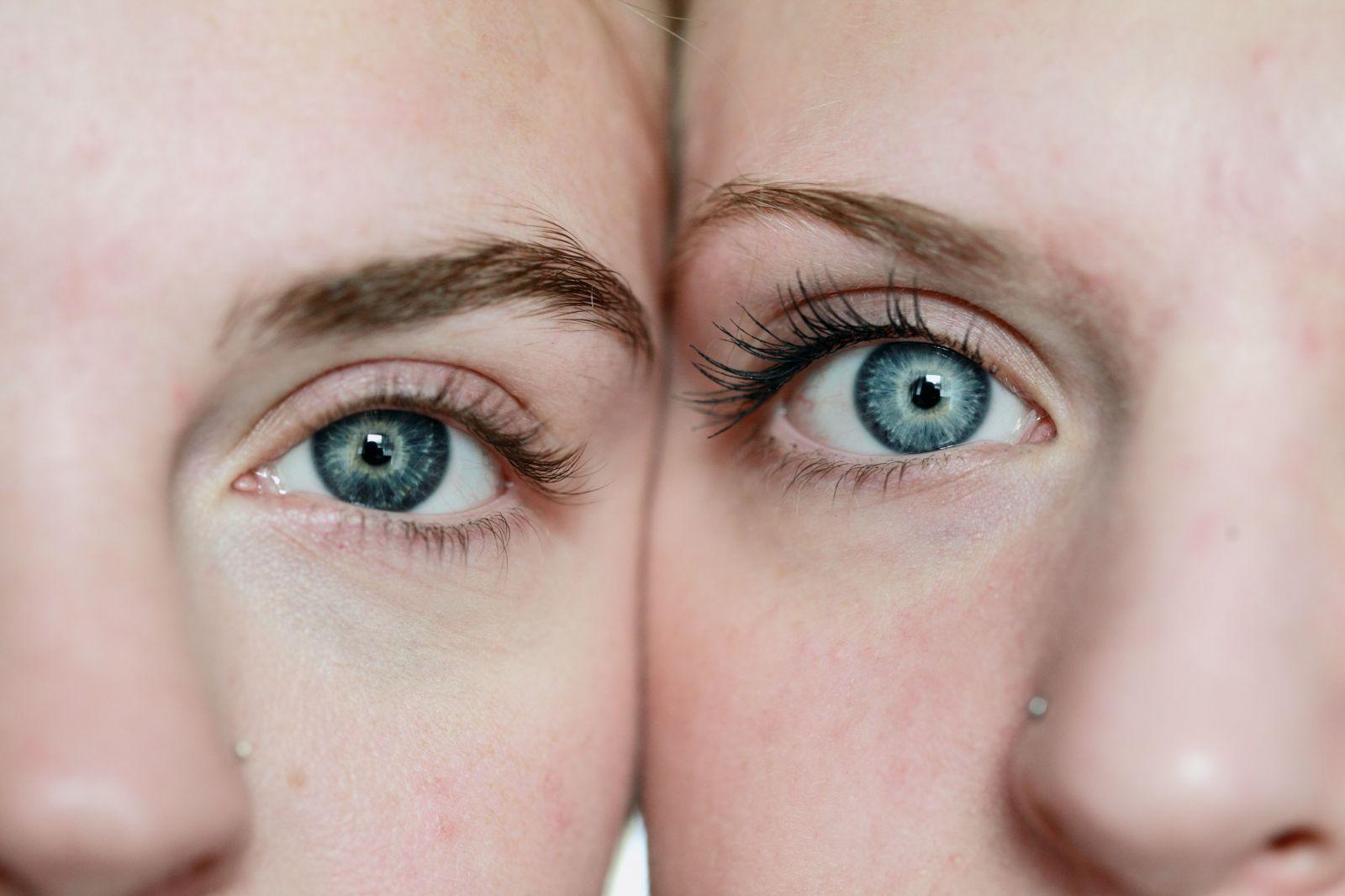 Nechaj vyniknúť svoje oči. Aké sú trendy v líčení mihalníc?