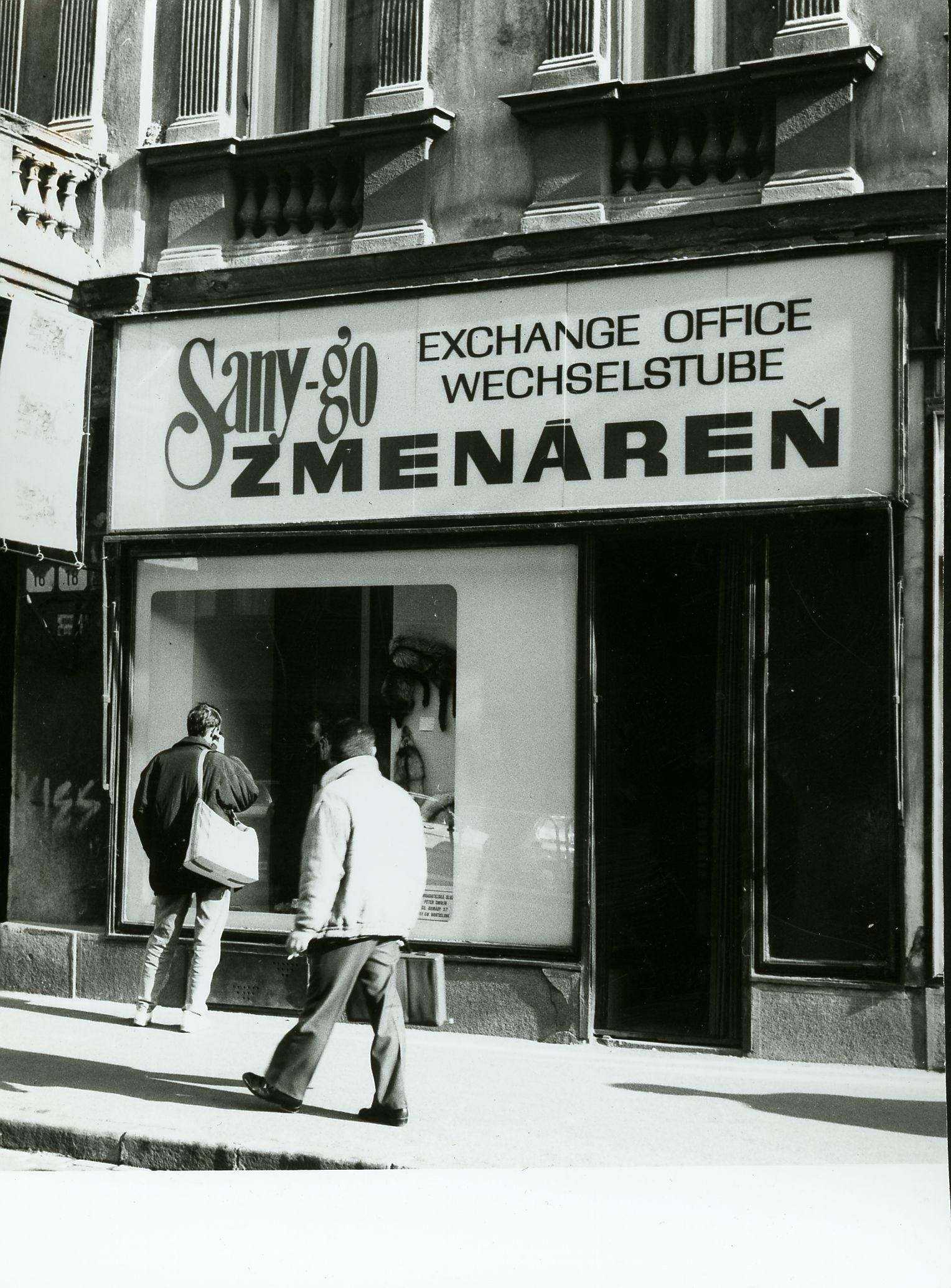 Prvá zmenáreň po roku 1989