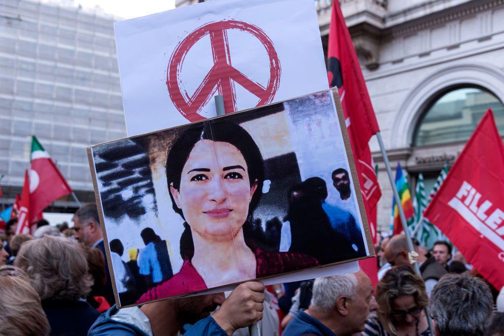 Islamský štát bol tento rok porazený, no teraz má možnosť dostať sa naspäť k moci. Prečo konflikt v Sýrii doteraz neutíchol?