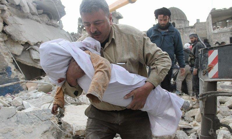 Islamský štát bol tento rok porazený, no humanitárna kríza naďalej pokračuje. Prečo konflikt v Sýrii doteraz neutíchol?