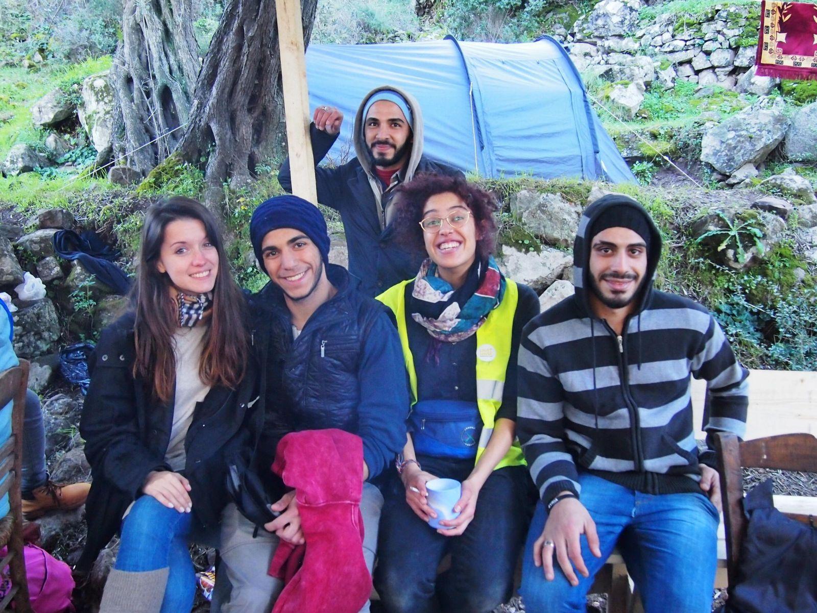 Petra si do bytu nasťahovala 7-člennú rodinu zo Sýrie. Pomáhať utečencom neprestala, aj keď sa jej vyhrážali anarchisti (Rozhovor)
