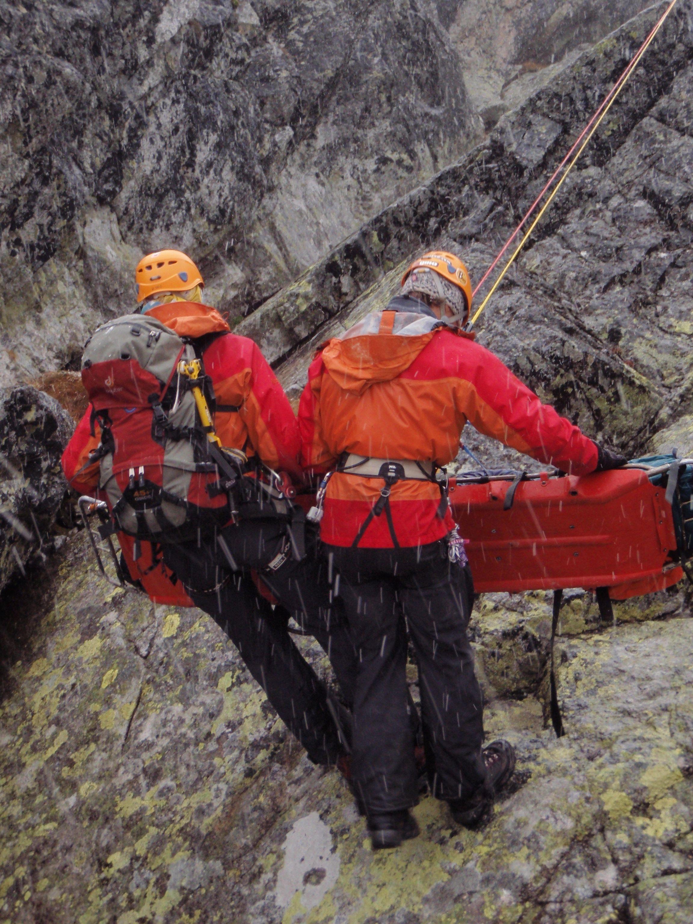Náčelník Horskej záchrannej služby: V Tatrách môže ísť o veľa, netreba nič podceňovať, ale pripraviť sa. Potom si ich užijete.