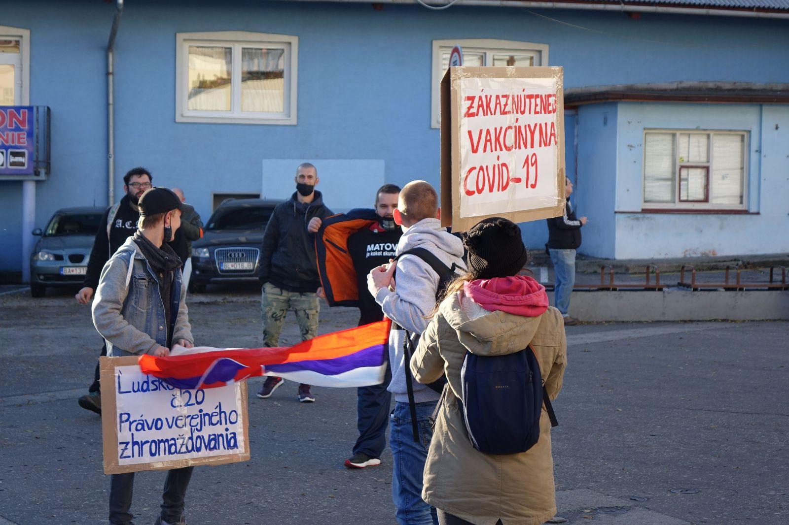 Dnešného štrajku sme sa zúčastnili aj my: Blízko nás hodili delobuch, skoro sme ohluchli