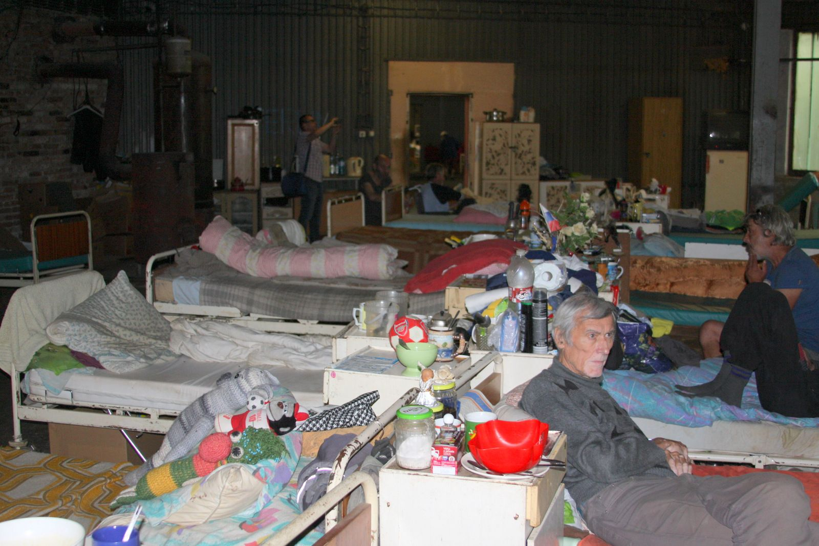 Hangár - najväčšia miestnosť pre bezdomovcov  ľudí z ulice v oáze Petra Gombitu