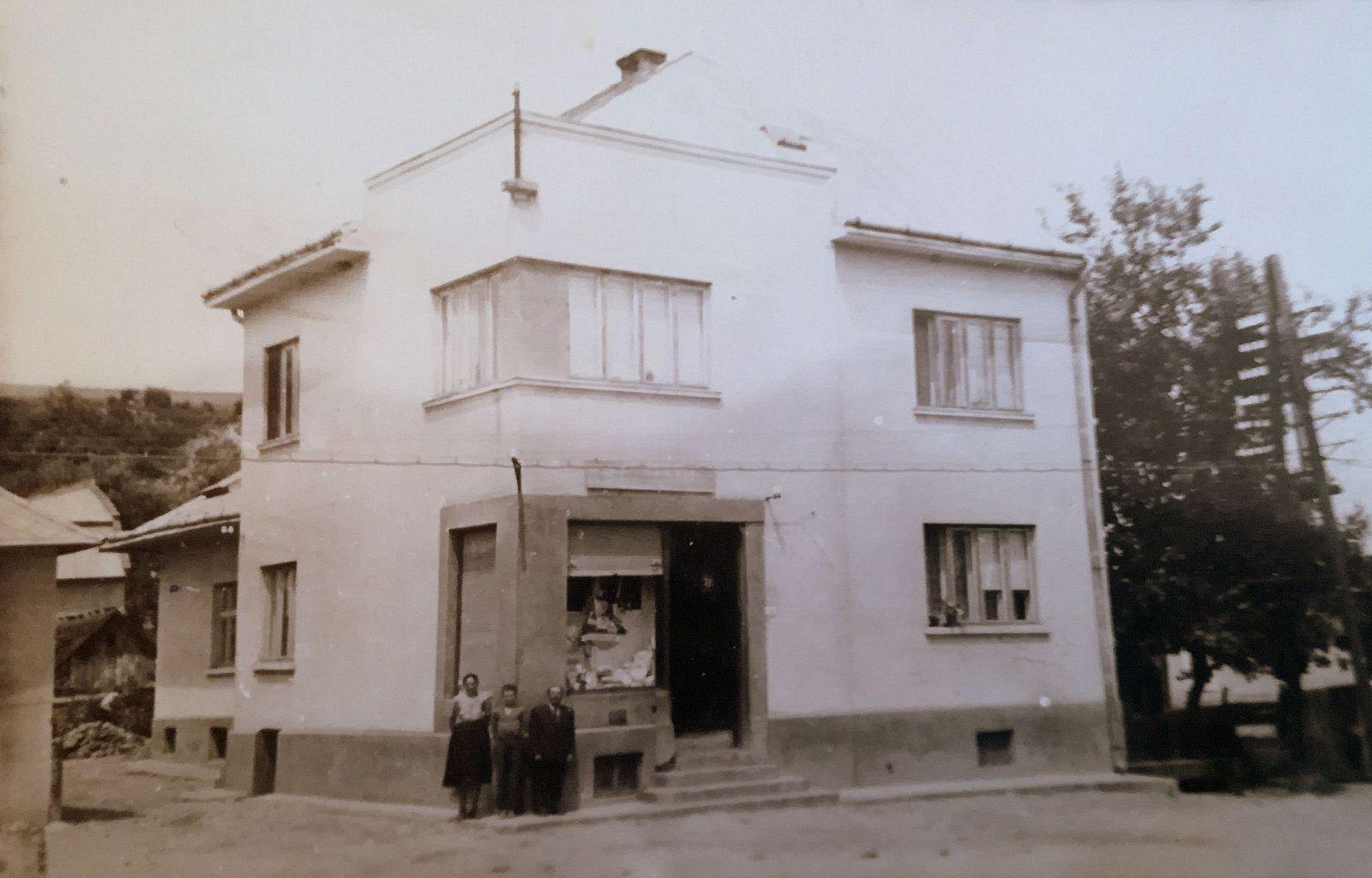 Funkcionalistická vila majiteľa sušiarne Alexandra Wohla v Hanušovciach.