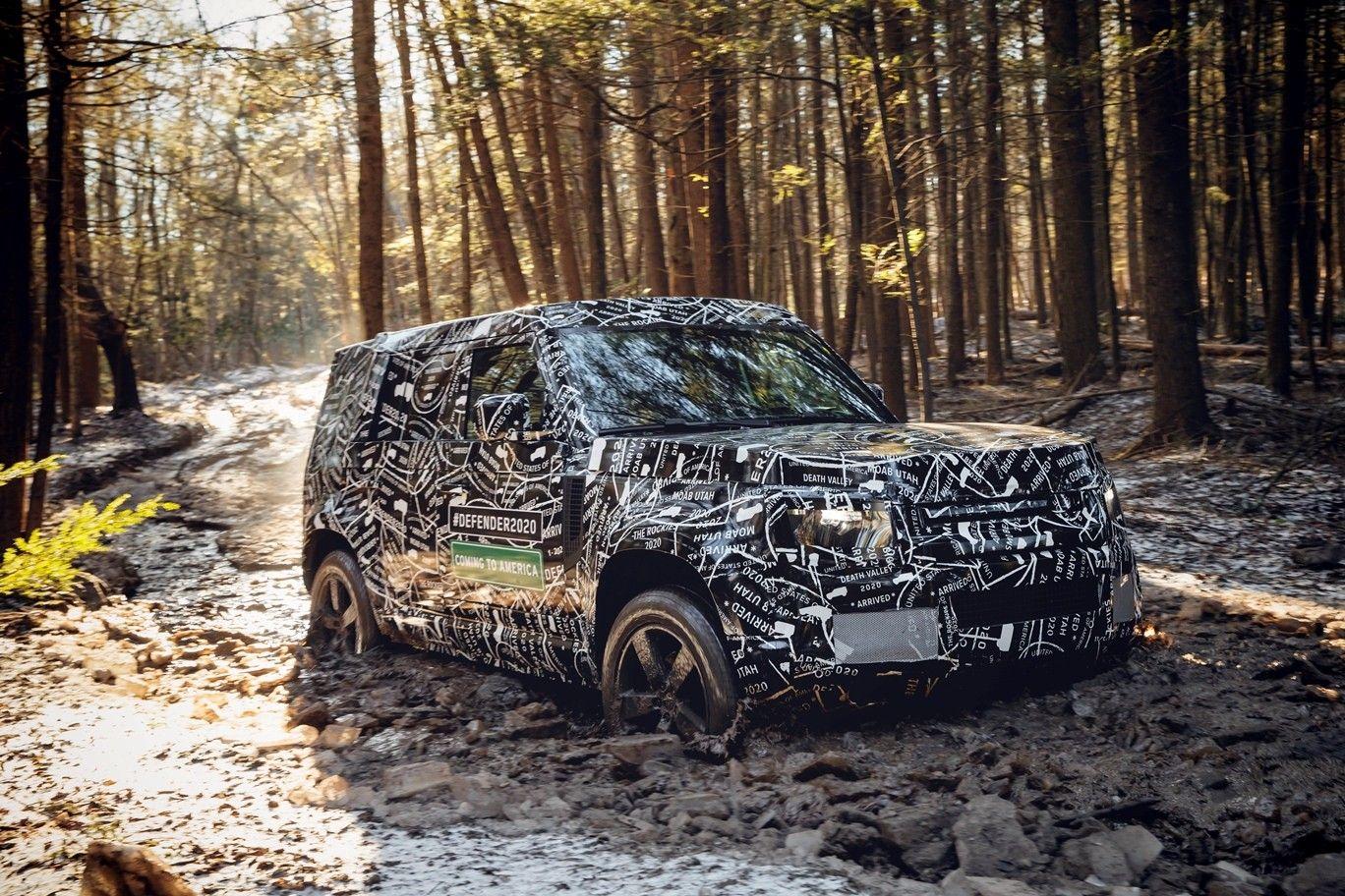 Land Rover oživí terénnu legendu. Navyše, nový Defender sa bude vyrábať na Slovensku