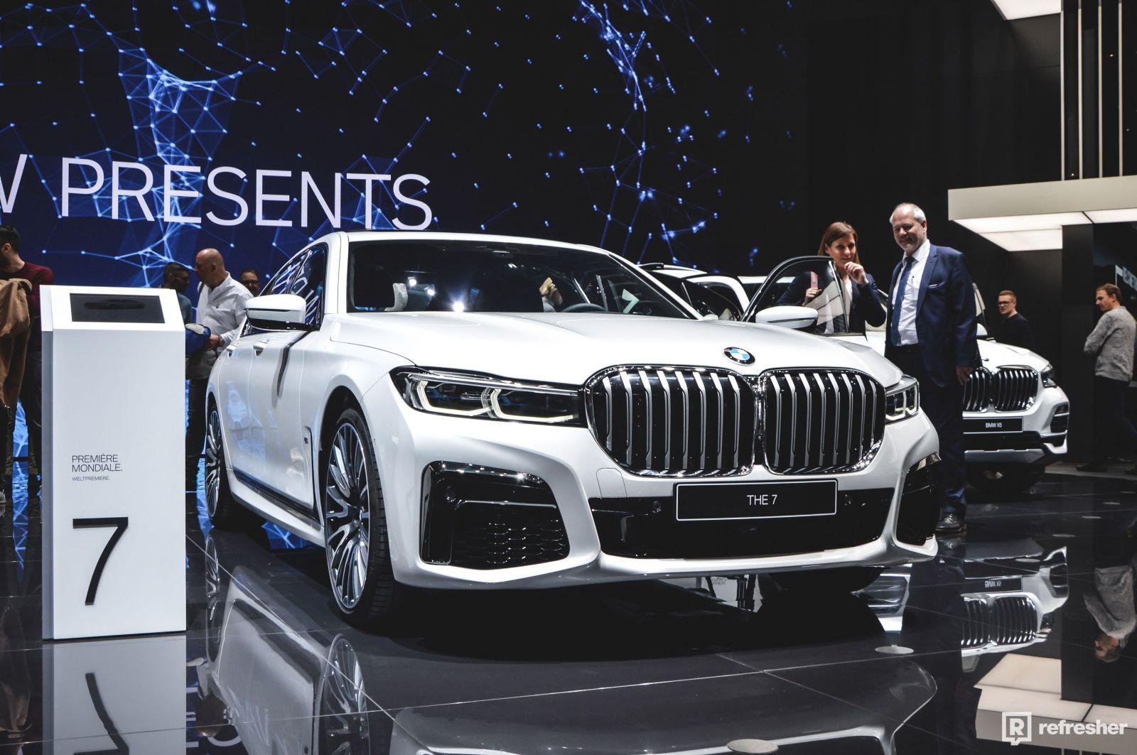 BMW s obrovské ľadvinkami oslavuje v radoch zákazníkov veľký úspech. Prečo?