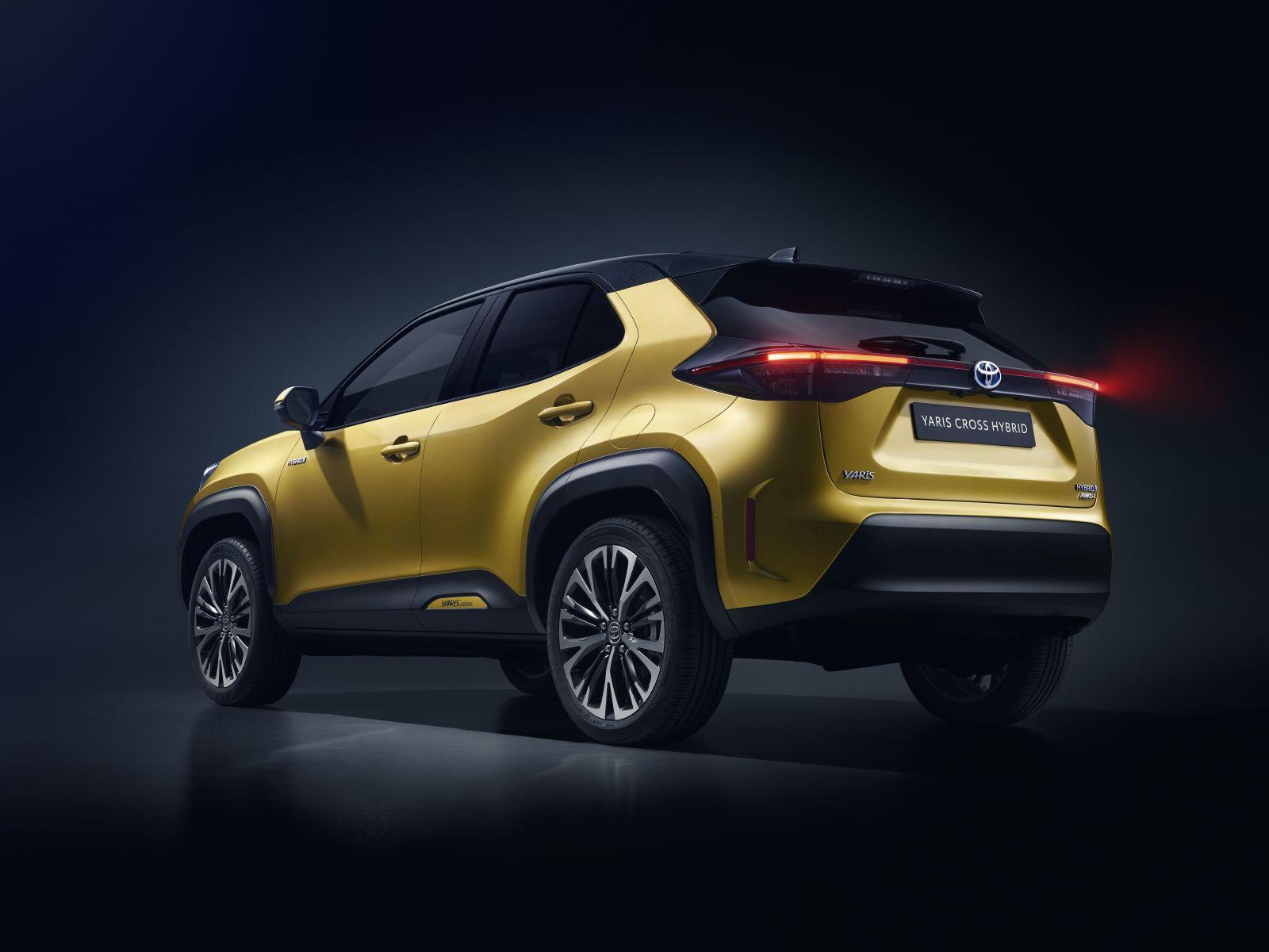 S malými crossovermi sa naďalej trhá vrece. Toto je nová hybridná Toyota Yaris Cross
