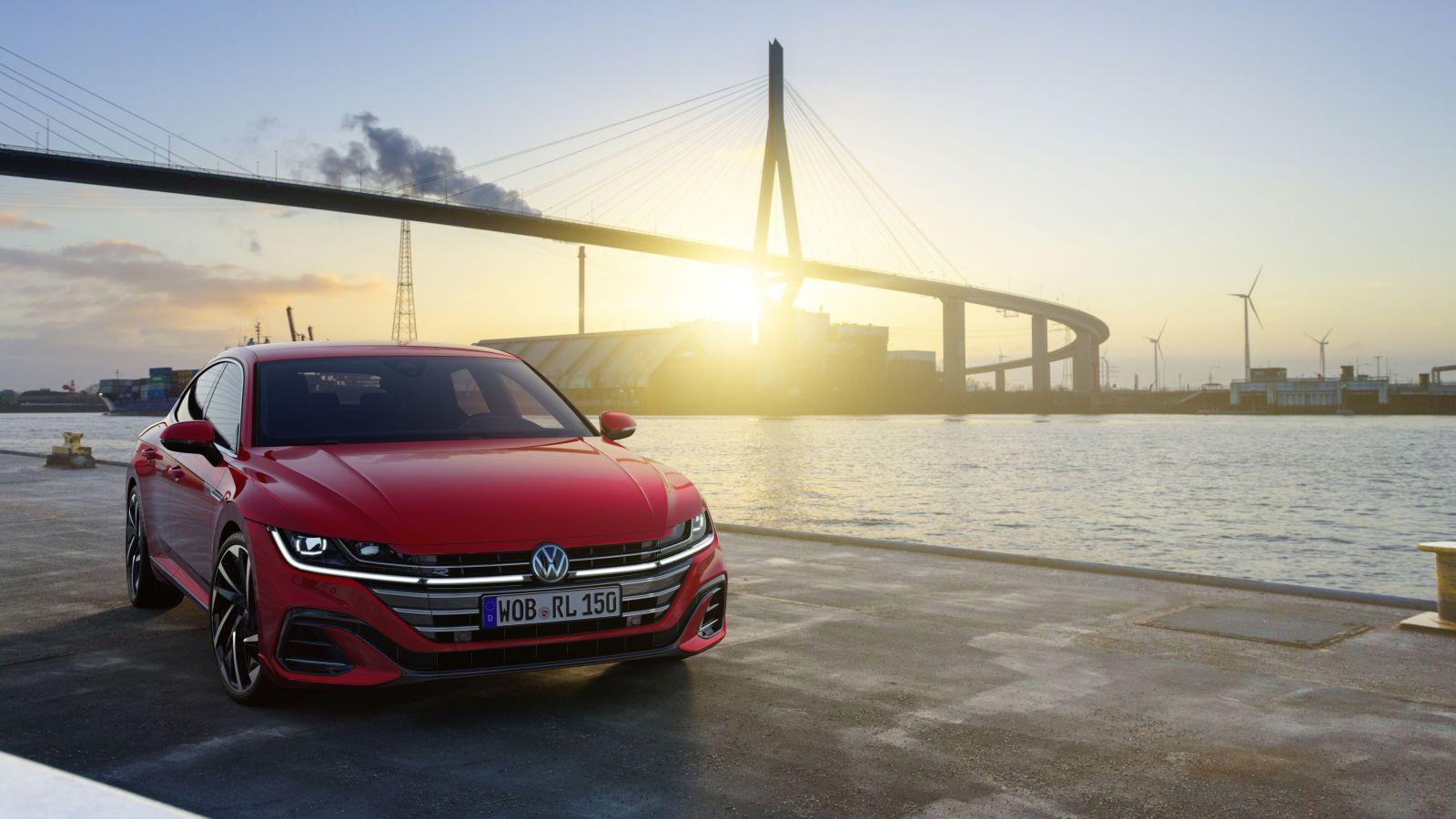 Najkrajší Volkswagen vstupuje na náš trh vo vynovenej podobe už aj ako štýové kombi. Koľko stojí?