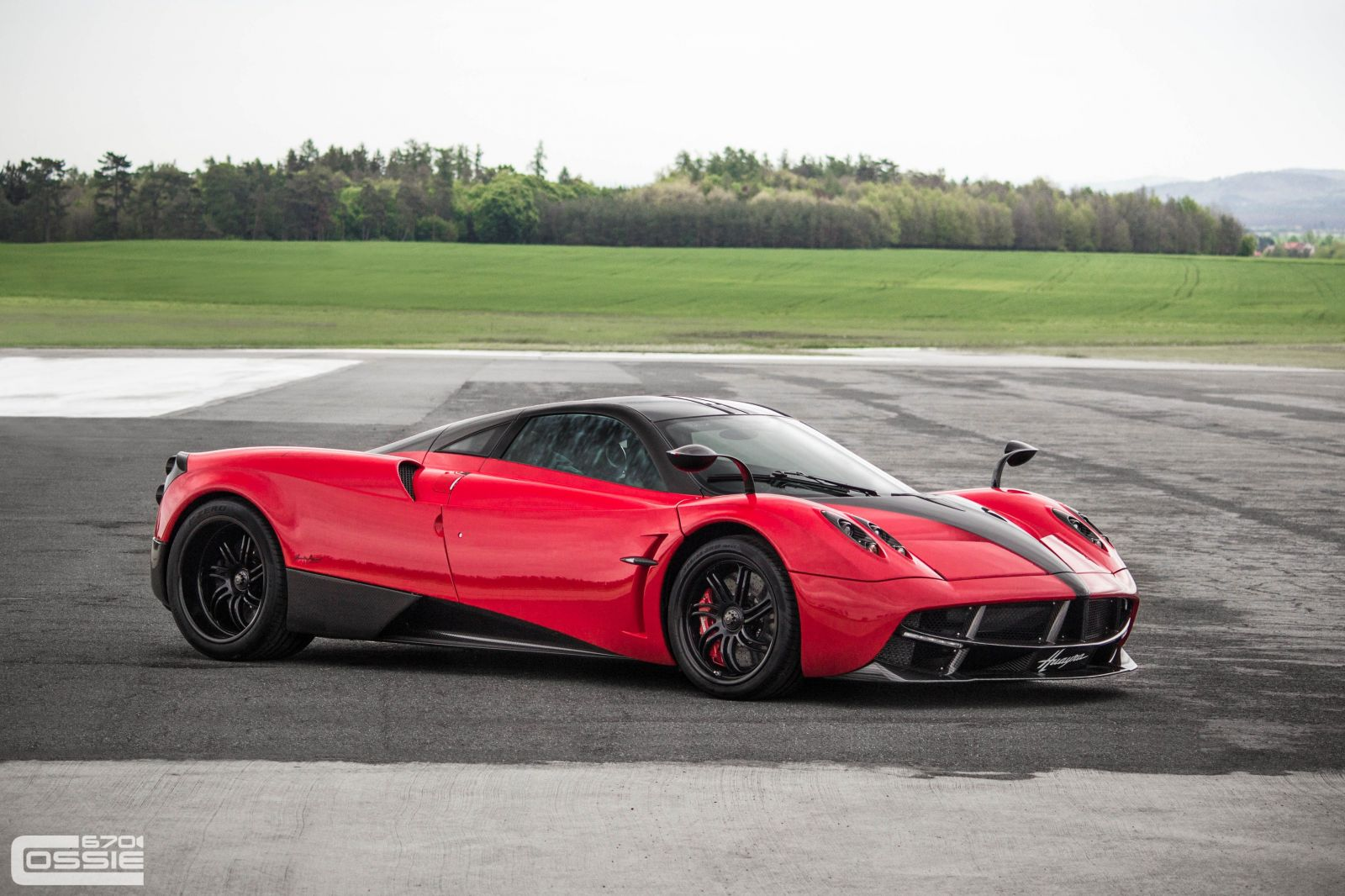 Pagani Huayra - Red, Black interior #76051 - Forum ...