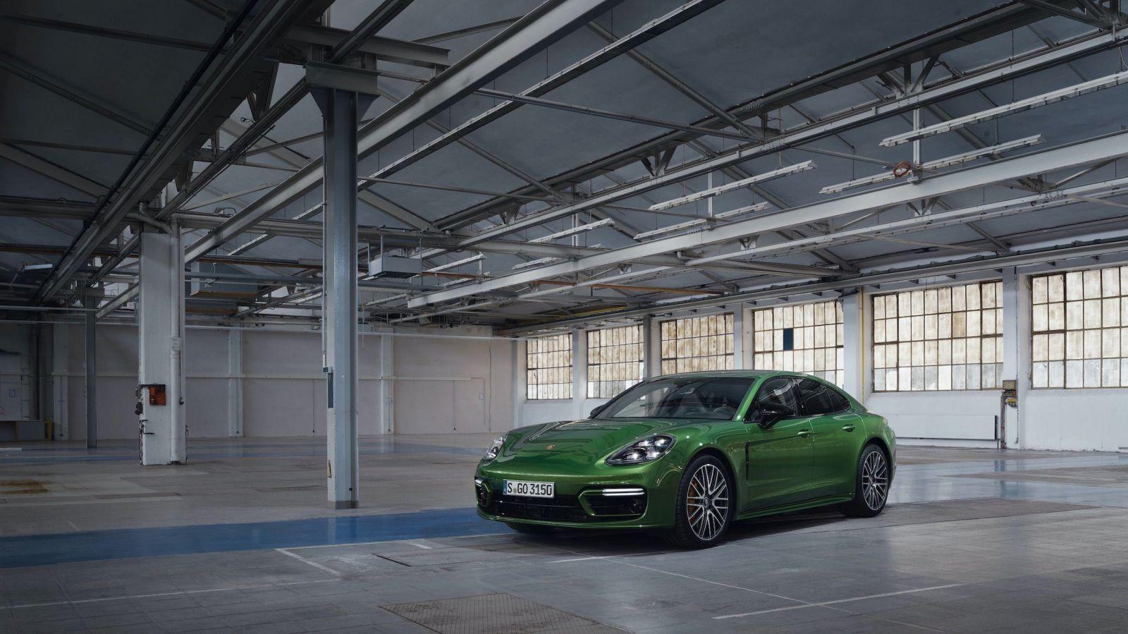 Porsche predstavilo najvýkonnejšiu Panameru všetkých čias, má až 700 koní