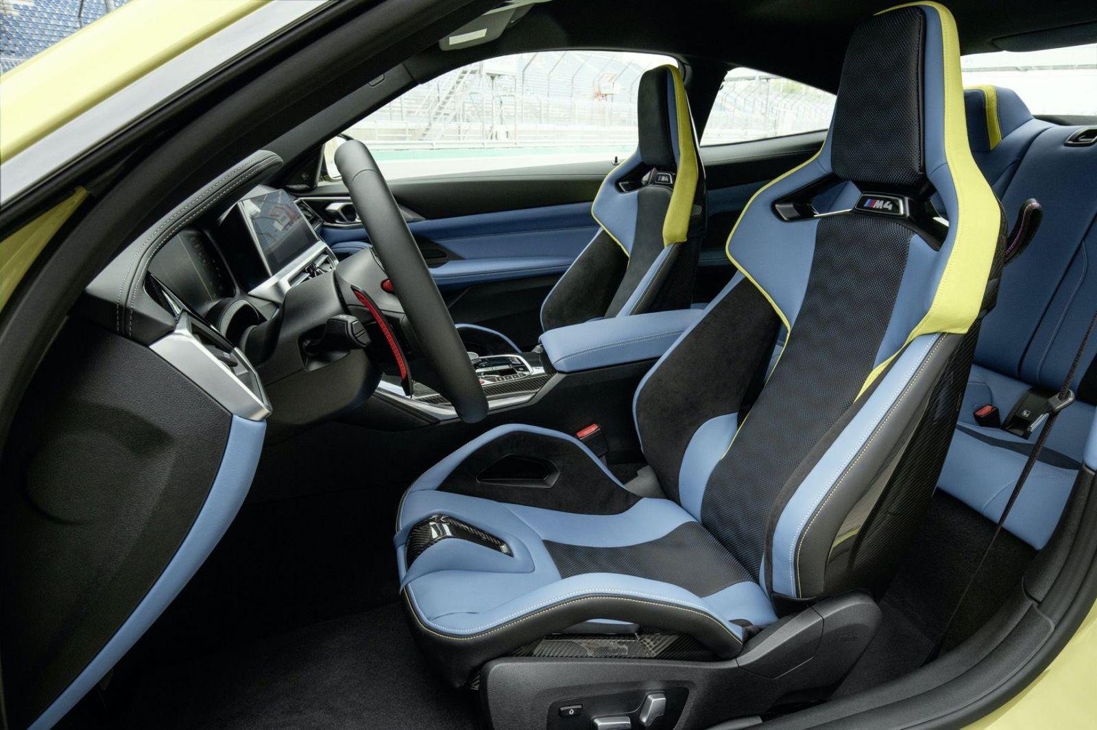 Manuál aj automat, voliteľný M xDrive, 480 alebo 510 koní a kontroverzná maska. Nové BMW M3 a M4 sú tu!