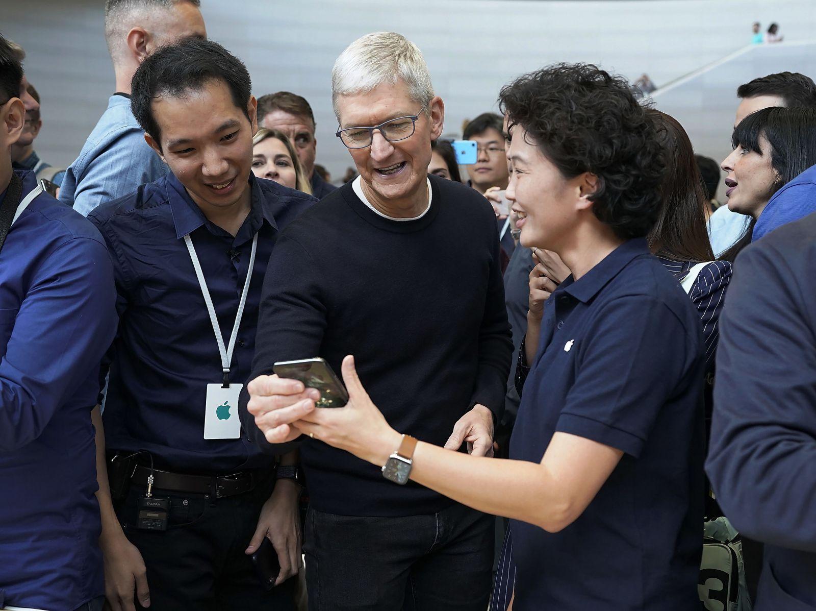 Apple čakajú ťažké časy. Kvôli koronavírusu musia akcionári počítať s horšími výsledkami