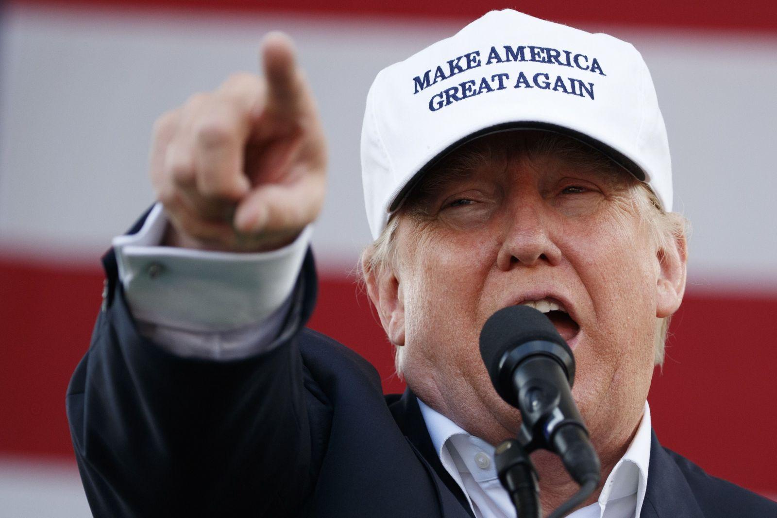 Trump vs. Biden: americké prezidentské voľby môžu skončiť chaosom, na výsledky môžeme čakať týždne