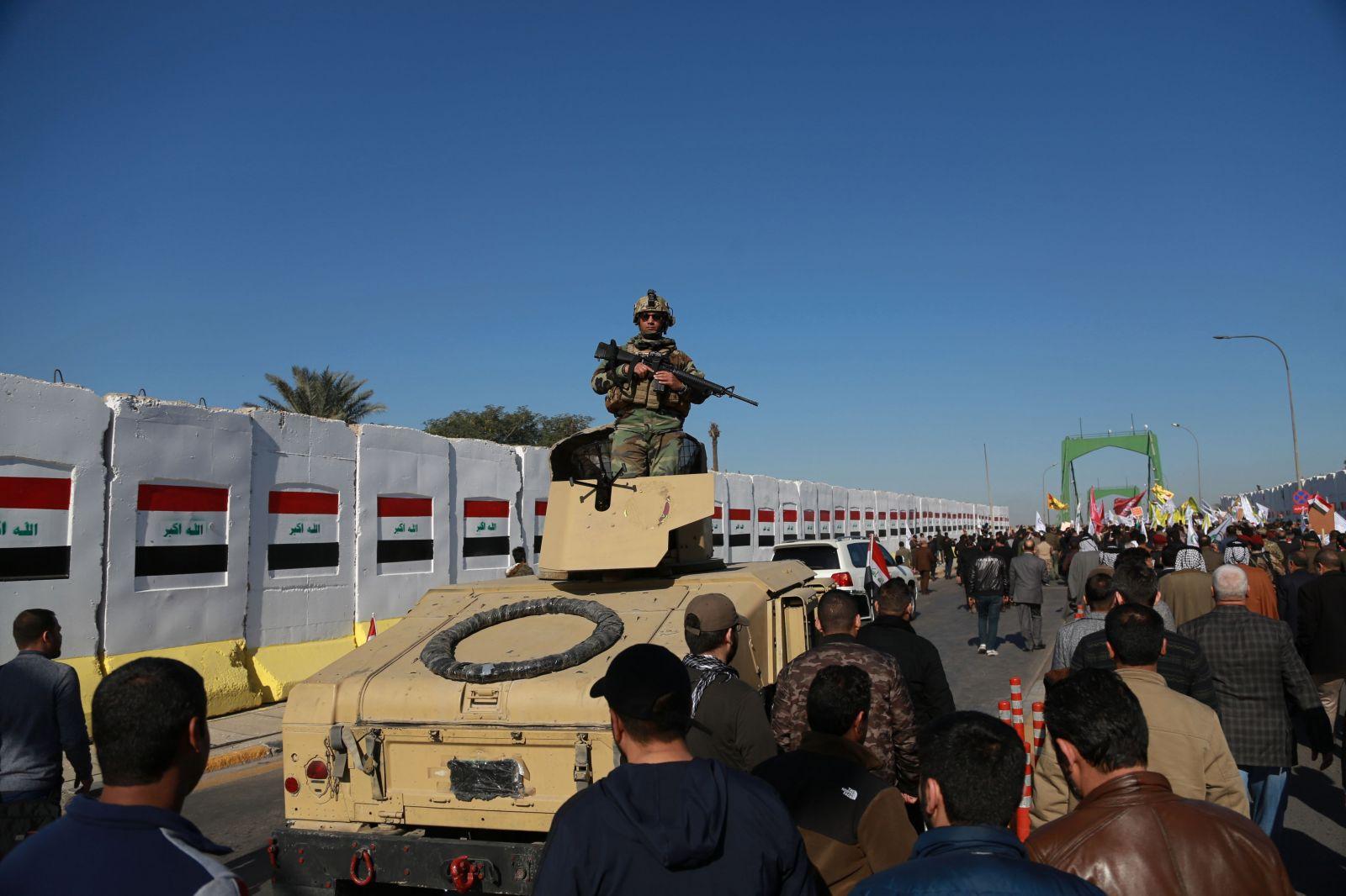 Vojská USA zatiaľ z Iraku neodídu. Nesprávne informácie mal spôsobiť chaos v armáde