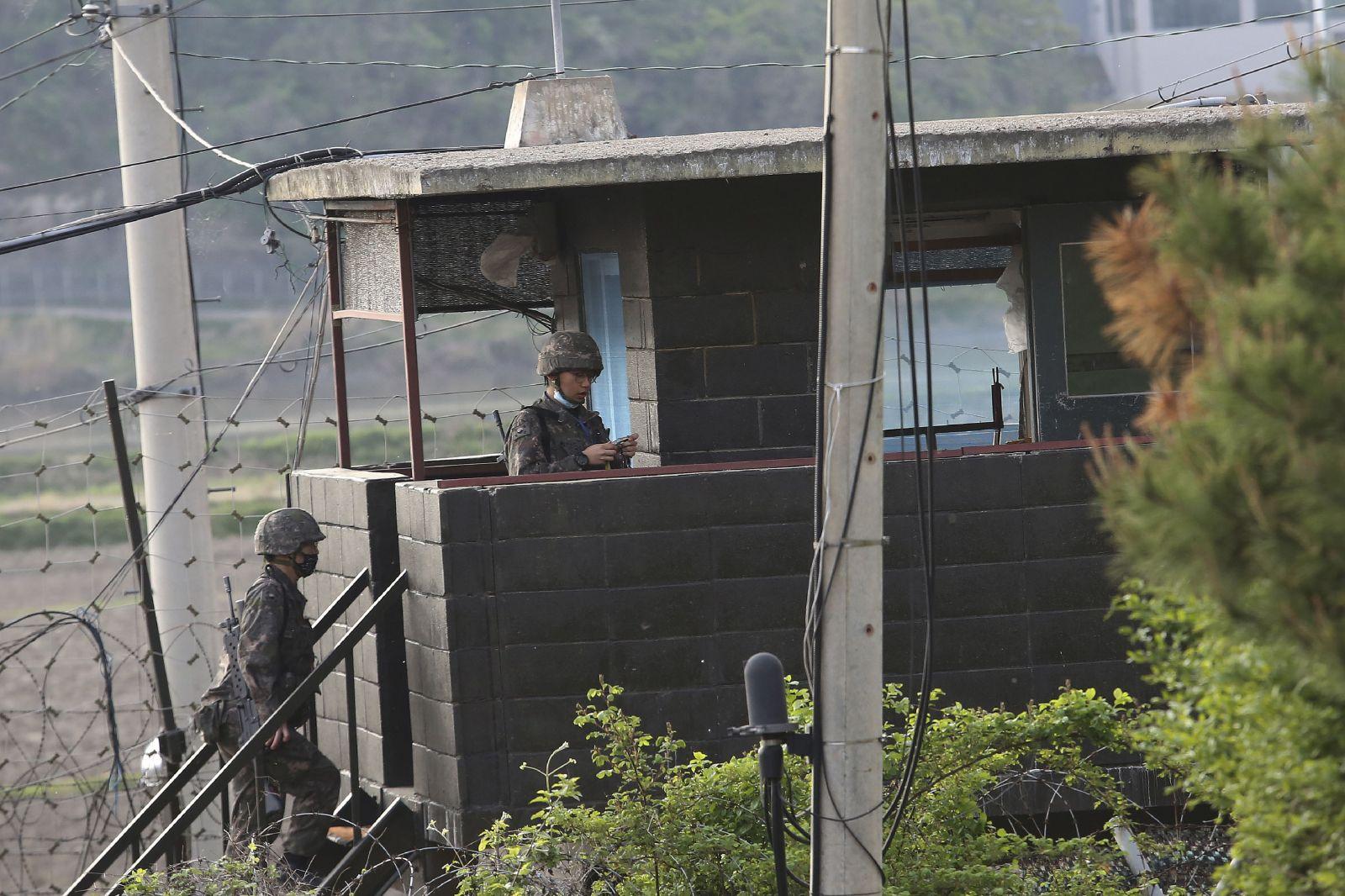 Severná Kórea vyhodila do vzduchu budovu styčného úradu s juhom, armáda je vraj v pohotovosti