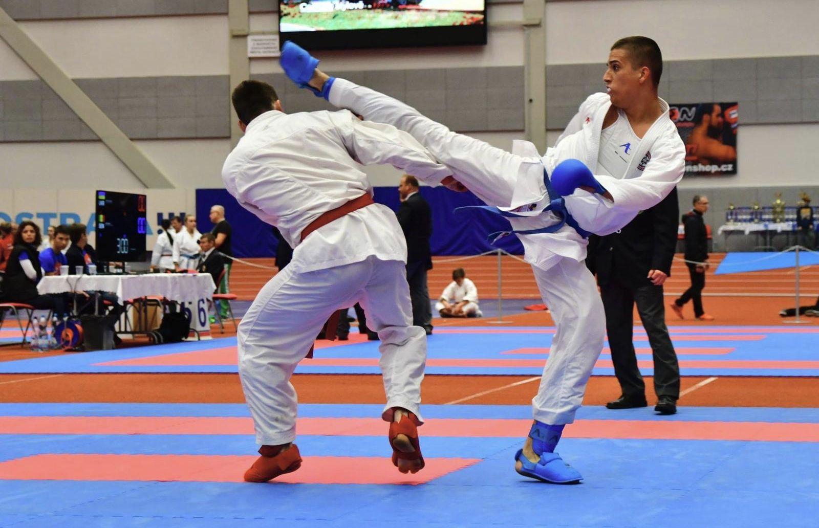 Slovák Pavol má len 21 rokov. Vďaka karate robil ochranku Lewisovi Hamiltonovi aj argentínskym a anglickým futbalistom