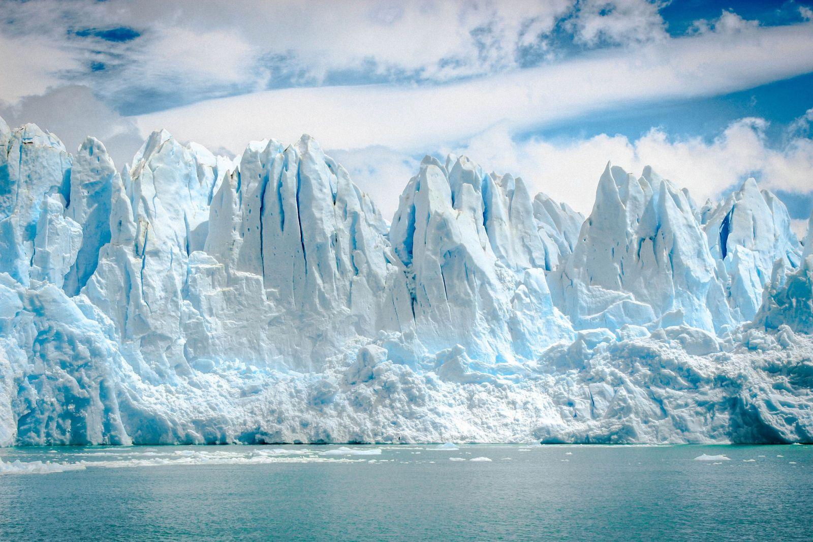 Teplá voda topí ľadovce 100x rýchlejšie, ako vedci predpokladali
