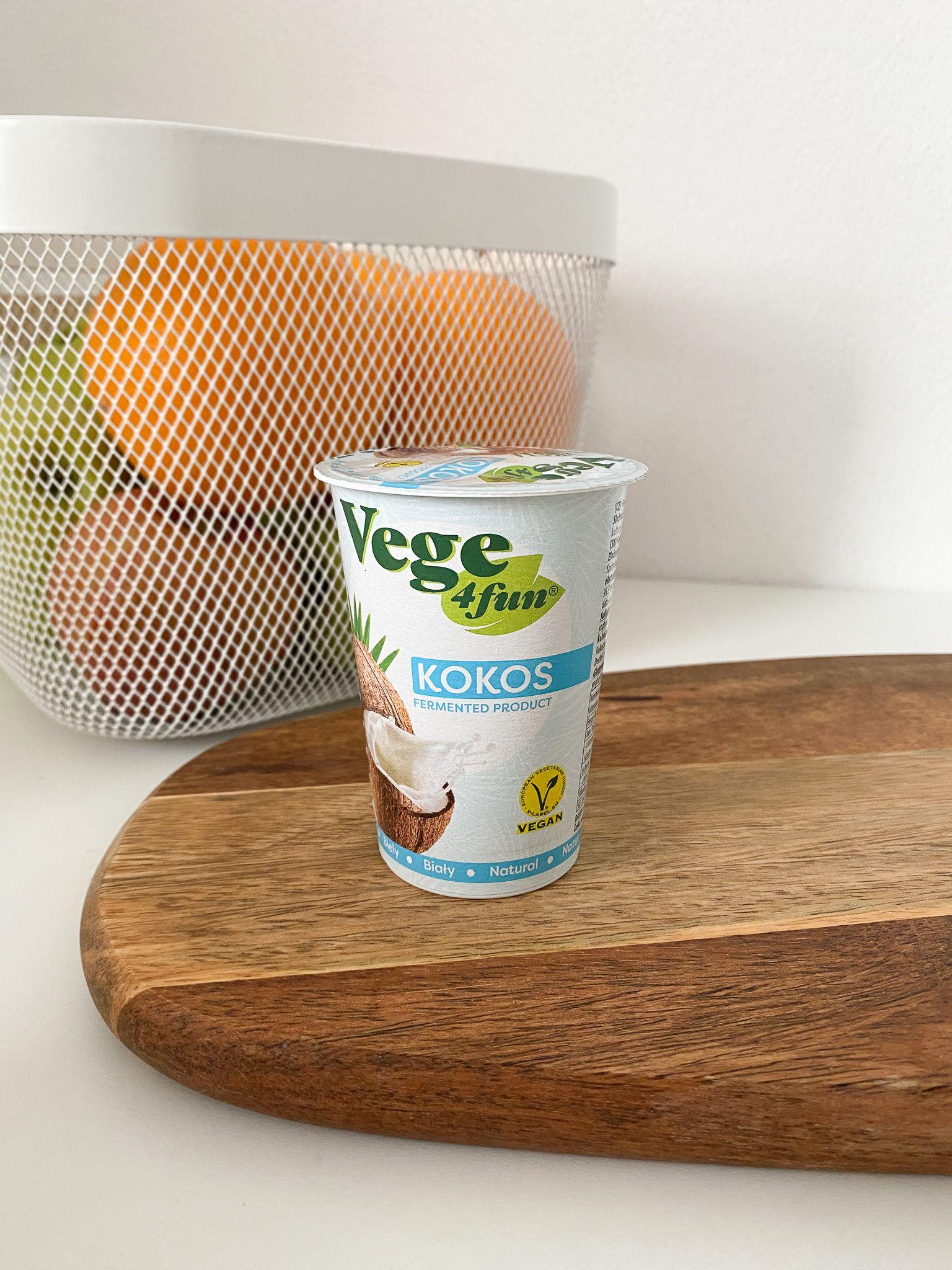 Vodová katastrofa bez chuti alebo aj príjemný rastlinný jogurt. Testovali sme pre teba 12 vegánskych jogurtov
