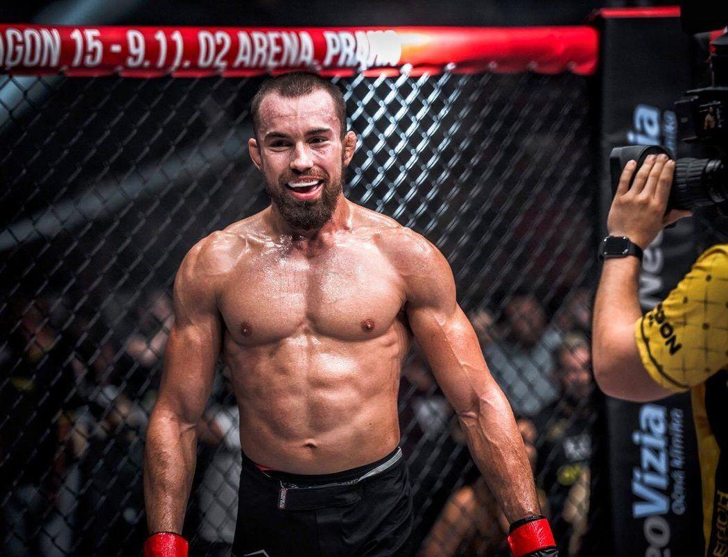 Od vyhazovače až po světového bojovníka. Takto se 1. Slovák v UFC Ľudovít Klein zapsal do historie domácího MMA