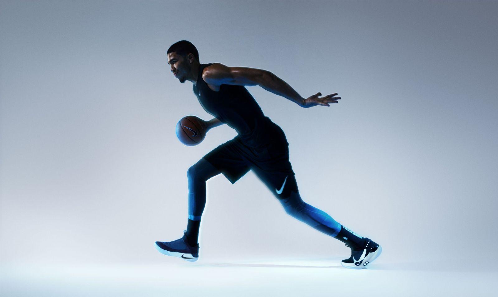 Nebaví ťa neustále viazanie šnúrok? Nike má riešenie, ktoré si zamiluješ