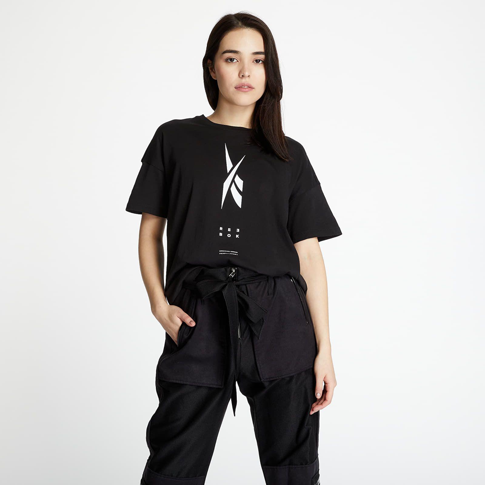 Streetwear má množstvo podôb. Aktuálne zaboduješ návratom do 90. rokov, ale tiež športovým minimalizmom